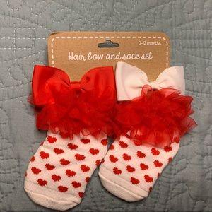 NWT Hair Bow and Sock Set